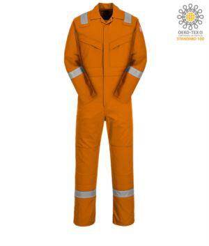 Antistatischer und feuerfester Overall, verstellbare Manschette, Aermeltasche, seitlicher Zugang, Masstasche, orange Farbe. CE zertifiziert, NFPA 2112, EN 11611, EN 11612:2009, ASTM F1959-F1959M-12, EN 1149-5, CEI EN 61482-1-2:2008
