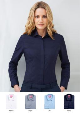 Damenhemd aus Polyester und Baumwolle, erhaeltlich in den Farben Weiss, Hellblau, Marine, Grau. Fuer Empfangsdamen, Hostessen, Hoteliers.