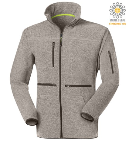 Langer Reissverschluss Fleece mit Fleece Strickgewebe, mit einer Brusttasche mit Reissverschluss, kontrastierender Reissverschluss. Farbe: Hellgrau