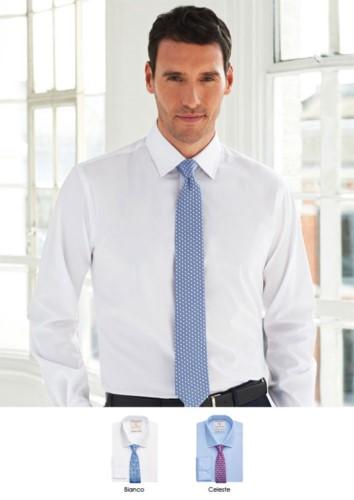 Herrenhemd fuer elegante Arbeitsuniform. 100% Baumwollgewebe mit leichtem Buegelkatalysator. Ideal fuer Uniformen von Portier, Hotel, Rezeptionist.