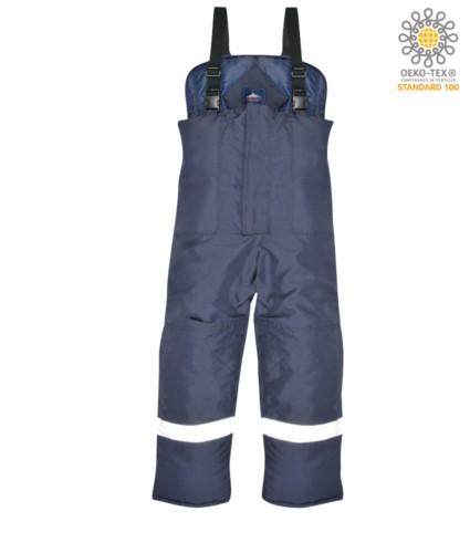 Kuehlraumhose, elastische Hosentraeger, Reflexband um die Beine, Knieverstaerkung, uebergrosse Taschen, Farbe blau. CE-zertifiziert, EN 342:2004