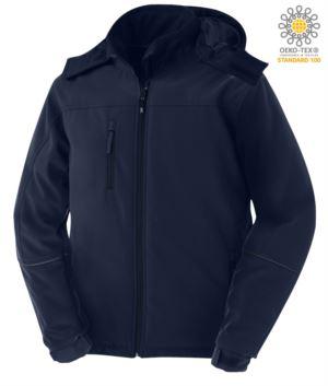 Gepolsterte Jacke aus wasserdichter und atmungsaktiver Softshell, wasserdicht. Abnehmbare Kapuze, abgedeckte Reißverschluesse und reflektierende Profile an den Armen und der Kapuze. Farbe: Marineblau