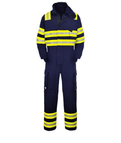Feuerfester Overall, doppelt reflektierende Band Schultern, Ellbogen und unteres Bein, zwei Seitentaschen, Farbe marineblau. EN 1149-5, EN 11612:2009, EN 15614 zertifiziert