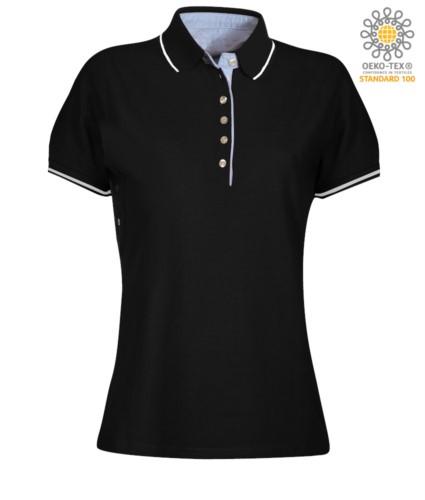 Zweifarbiges Damen Kurzarm Poloshirt , hellblaues Oxford Interieur, Kragen und Aermel mit kontrastierenden Details. schwarz / weiss Farbe
